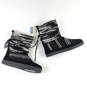 Toms Black Suede Nepal Boot H6614876